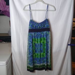 Women's Size Large City Triangles Dress